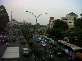 Disewakan Toko di pinggir jalan Raya MH Thamrin Kebon Nanas Tangerang