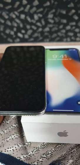 Iphone X 256GB with face time (white)