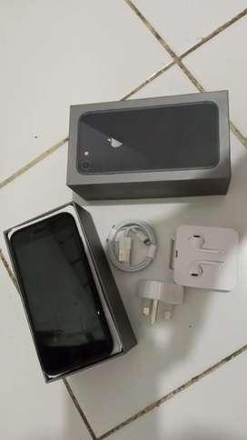iPhone 8 Hitam 256GB ex inter