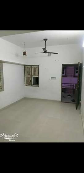 on rent 1room & kitchen available sector 3