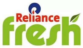 Hiring Staff At Reliance Fresh Outlets.