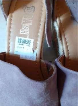 Sepatu Sandal Wedges Warna Abu-abu Coklat Ungu