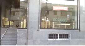 SHOP FOR RENT 900 SQ.FEET 900 BASEMENT IDEAL FOR SHOWROOMS
