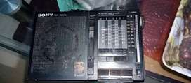 SONY. Radio. 9 Bands. Made in japan