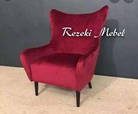 Sofa single VINTAGE merah kain baldu mulan.