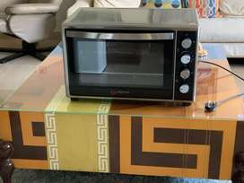 Alpina electric oven 48 Litres - Brand new