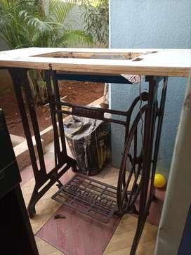 Machine table, stitching machine , zigzag machine