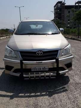 Toyota Innova 2.5 G 8 STR BS-IV, 2016, Diesel