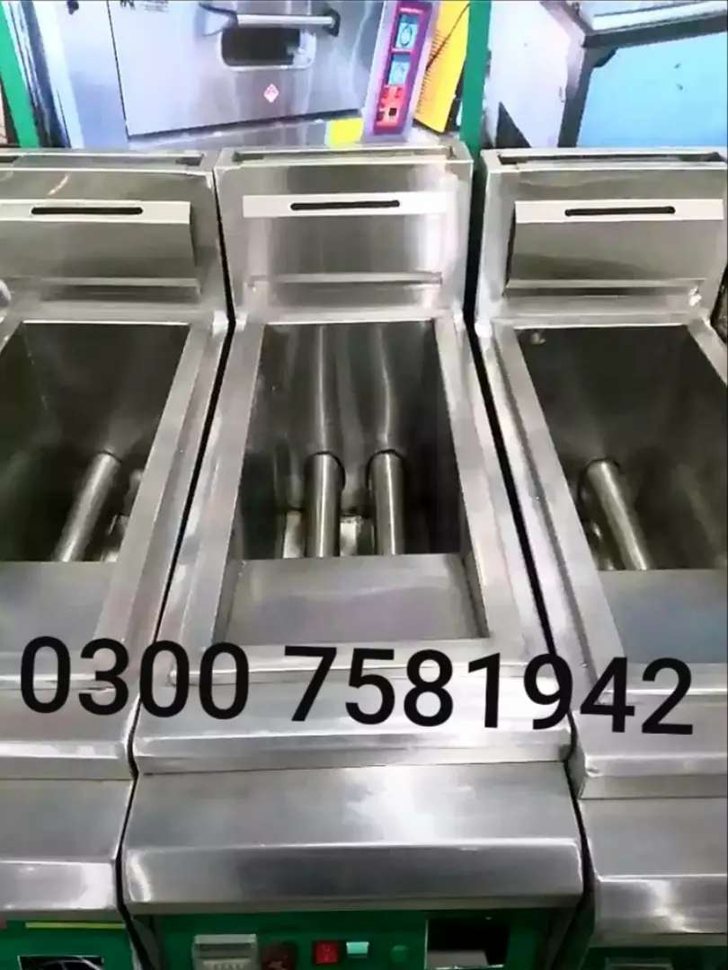 Deep fryer 16 litter automatic we have pizza oven counter hot plate 0