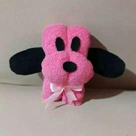 Souvenir handuk anjing imut