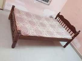 BED WOODEN FANCY