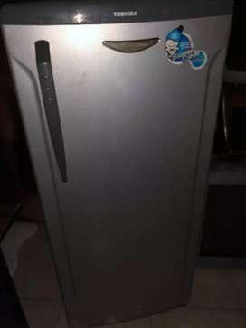 Freezer Rak Toshiba Silver/Frezer/Susu Asi/Es batu/Pendingin