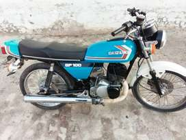 Suzuki gp100 model 1981 excellent conditio