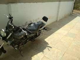 Bajaj avenger black 220