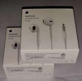 Apple iPhone 6 brand new sealed packed earphones