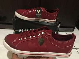 Macbeth Eliot Oxblood Red Original