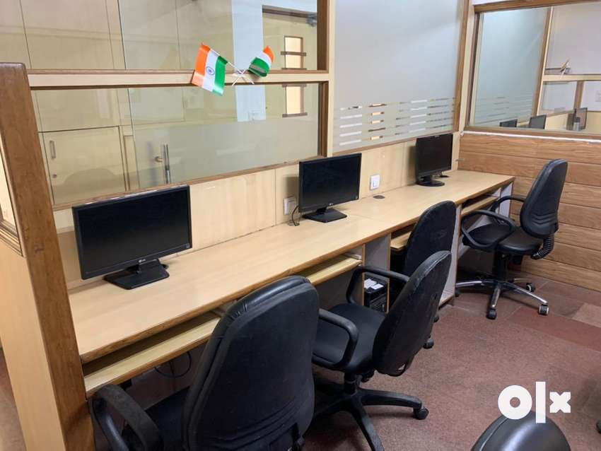 Coworking office space at Rs. 3000 per seat 0