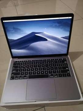 Dibeli Macbook Pro . Macbook Air . Macbook Retina Touchbar Bandung