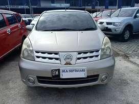 Nissan Livina XR 1.5 Automatic 2010