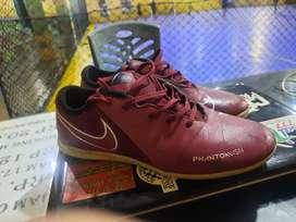 Sepatu futsal nike phantom size 38