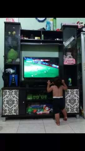Lemari tv besar