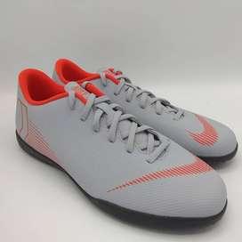 NIKE Vapor 12 Club IC (Sepatu Futsal) No. ART AH7385060