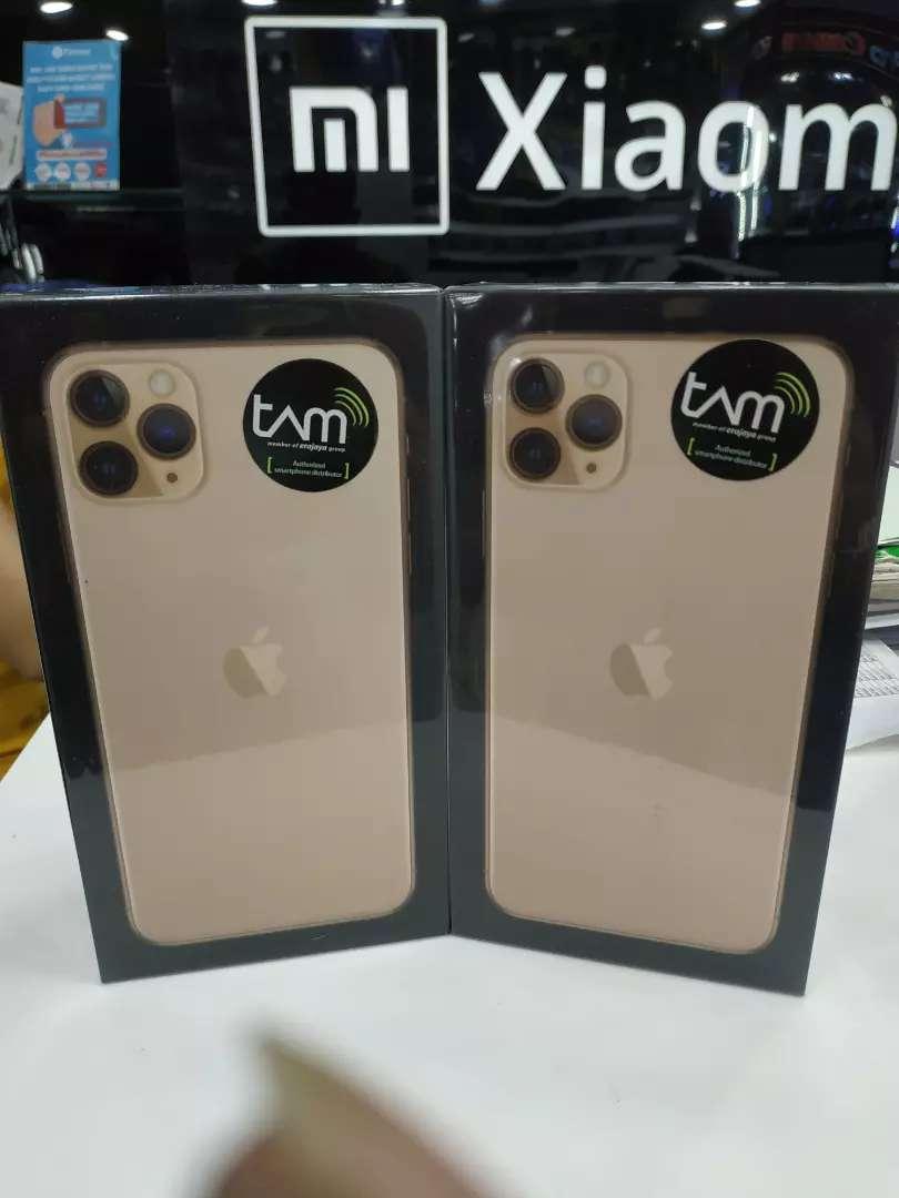 iPhone 11 Pro max 64 garansi iBox bisa kredit 0