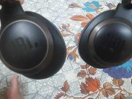 JbL Live 350btnc headphone and JbL flip 3 speaker