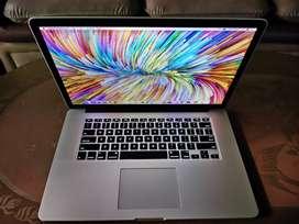 Macbook Pro Retina 15 2015 16GB Ram 512GB SSD i7 QuadCore MJLQ2