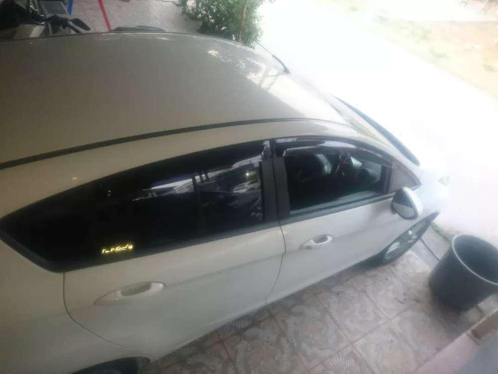 Dijual Murah Ford Fiesta Type S tahun 2011  Bekasi