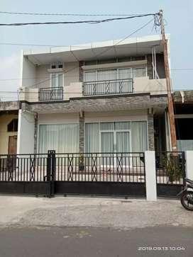 Dijual Rumah 2 Lantai di Kota Padang Panjang