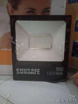 lampu Sunsafe LED Flood Light 200W
