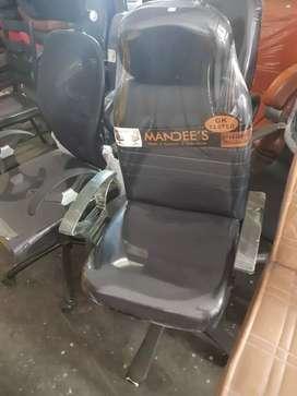 Black revolving boss chair for sale
