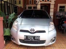 Toyota yaris bakpao 2012 m/t