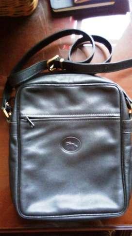 Tas kulit Longchamp asli