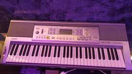 CASIO CTK810IN  KEYBOARD WITH ADAPTER AND BAG