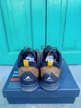 Sepatu Eiger Anaconda