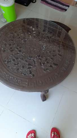 Meja Ukir Antik Oshin