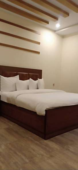Luxury and well furnished rooms available