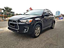 Mitsubishi Outlander PX 2015 km 40rb an panoramic roof