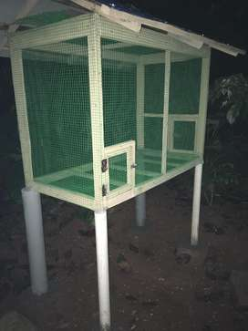 Good condition cage