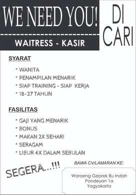 Waitress dan Kasir