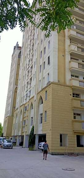 4 BHK Flat For Sale Prime Location At Sector 6C Vrindavan Yojna