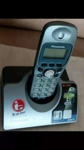 Telepon Panasonic wireless KX-TCD 445 BXF. Normal, murah & bergaransi.
