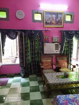 I'm selling my house cum flat near golden temple