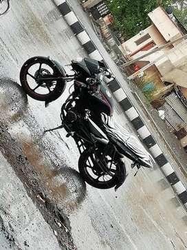 Full condition bike bajaj pulsar 135ls