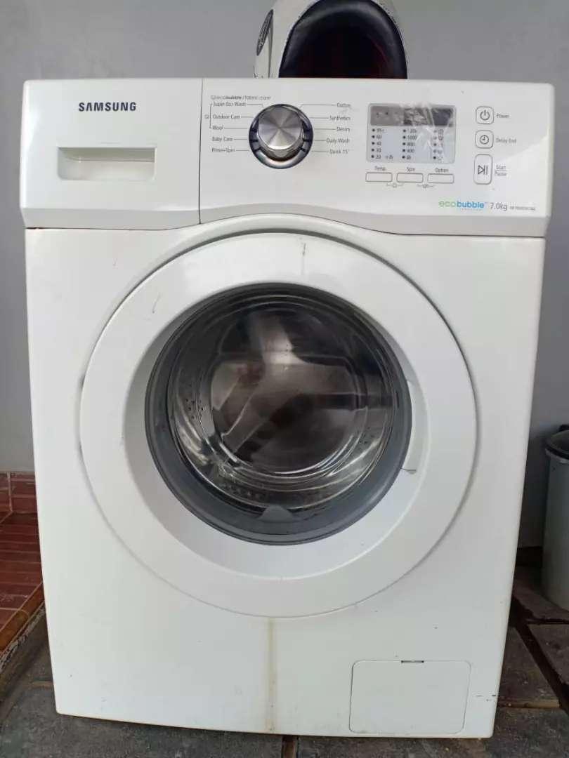 Mesin cuci bekas..samsung..tabung bukaan depan..eco bubble ,7 kg.. 0