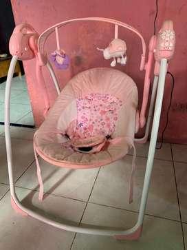 ayunan electrik bayi