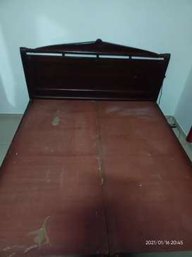 Solid Wooden Bed Queen Sized