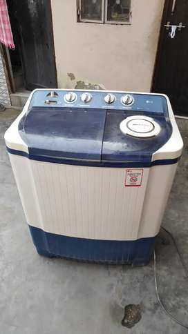 LG semi automatic 7 kg washing machine for ₹6000 only.